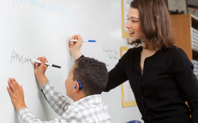 Hearing impairment teaching strategies